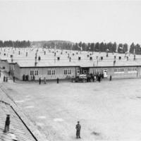 Prisoner's_barracks_dachau.jpg